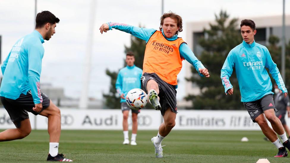 Luka Modric, en el entrenamiento de este viernes del Real Madrid (IMAGEN: Real Madrid)