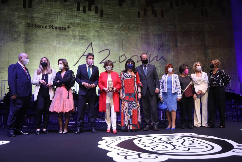 Nativel Preciado gana el Premio Azorín