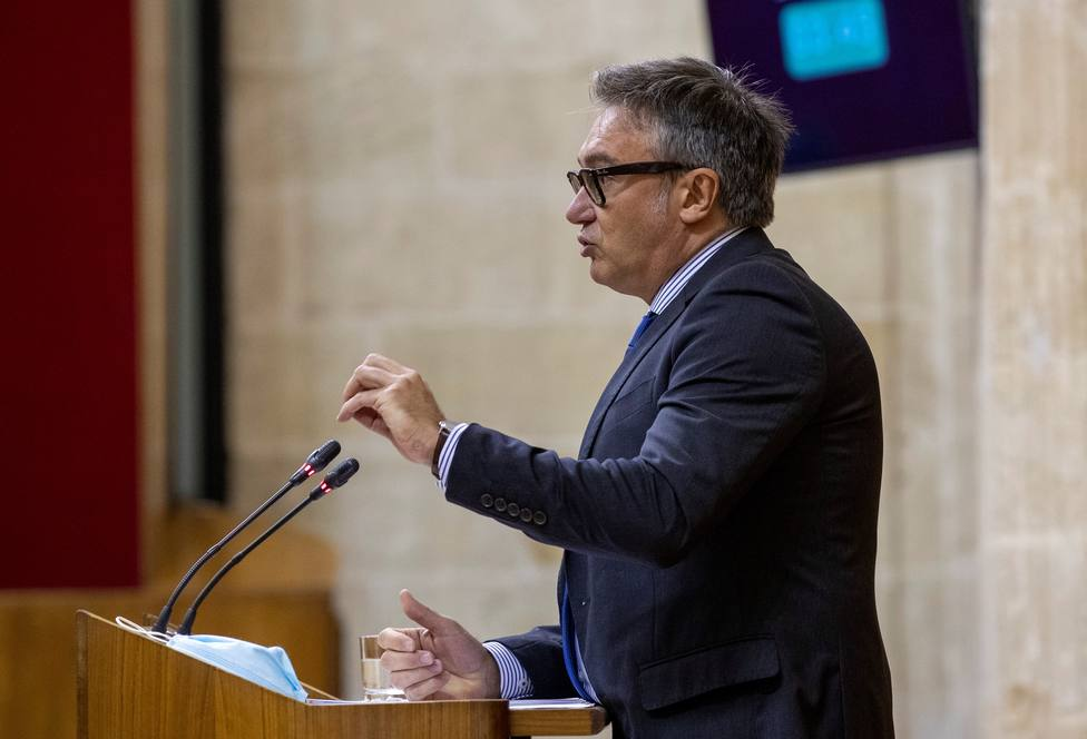 Vox anuncia que retirará su apoyo a las iniciativas del Gobierno andaluz tras acoger a 13 menas de Ceuta