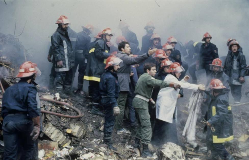 Atentado en la Casa Cuartel de Zaragoza en 1987