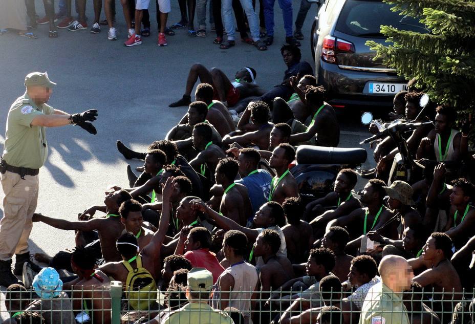 40.000 subsaharianos, listos en Marruecos para saltar a España 1532641996593