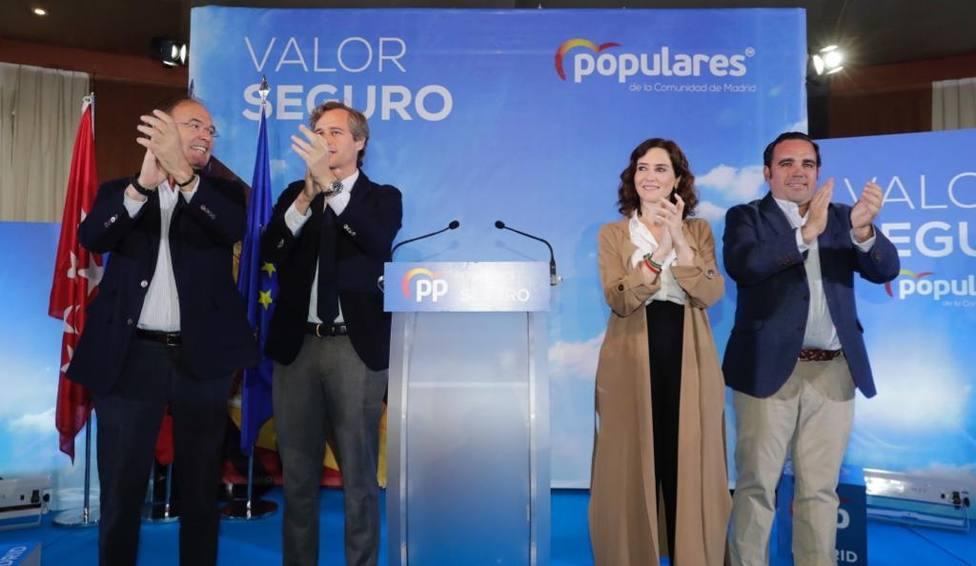 El PP de Madrid y el Gobierno regional cierran filas y lanzan un mensaje de unidad tras la salida de Garrido