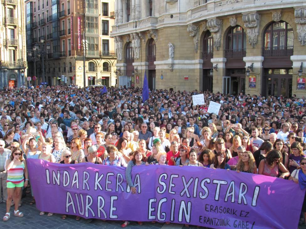 Abascal (Vox) y Mesquida (Cs) piden que los autores de la violación en grupo de Bilbao cumplan condena en Argelia