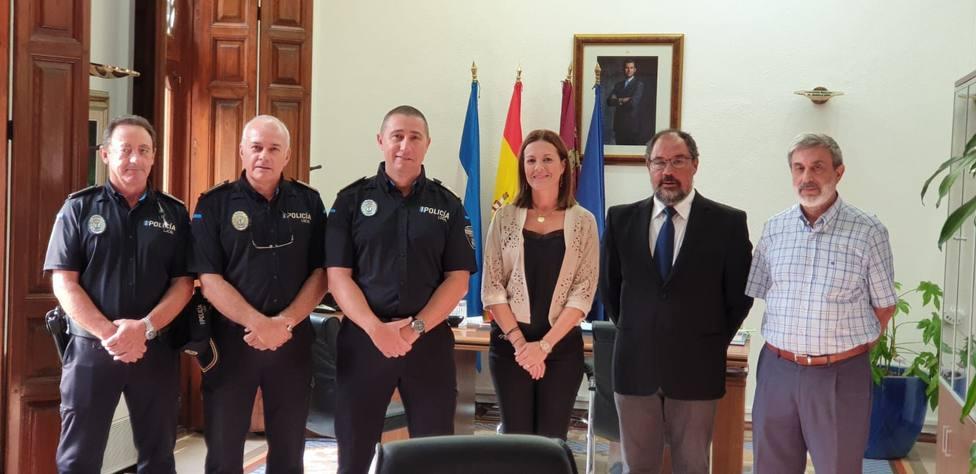 Felipe Mula toma posesión de su cargo como sargento de la Policía Local