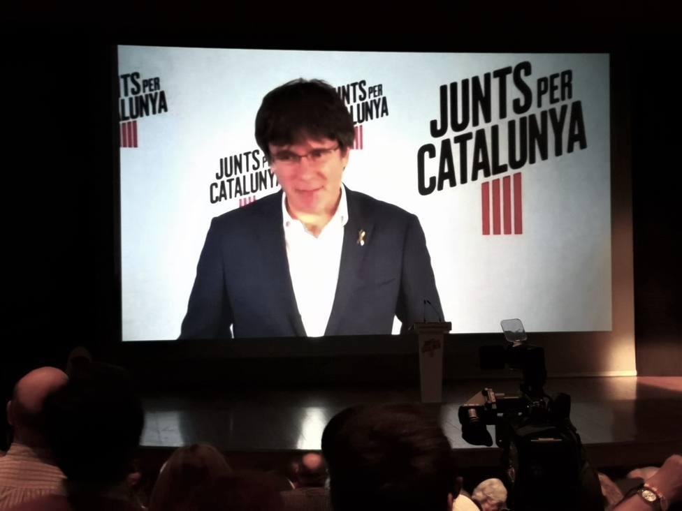 Puigdemont pide un gran gesto de país en Cataluña tras el 10N por la libertad y la absolución