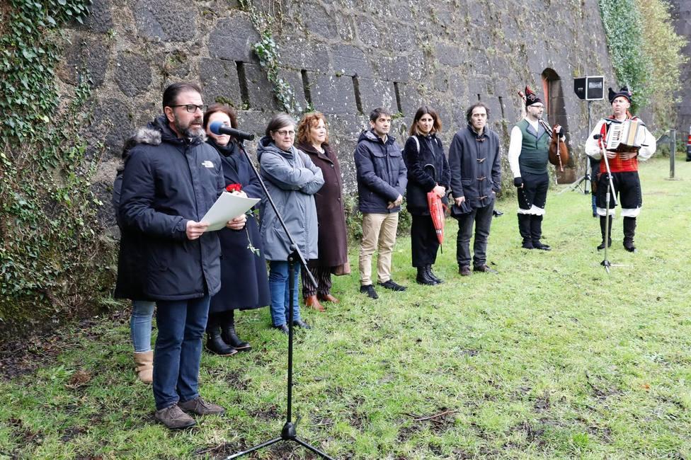 Acto institucional del Ayuntamiento de Ferrol en el exterior del Castillo de San Felipe