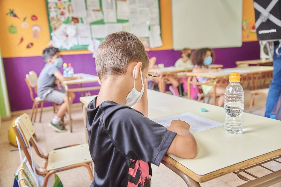Hay 112 alumnos contagiados de COVID