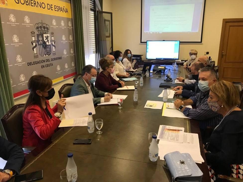 Gobierno de Ceuta prohibirá las reuniones con más de seis no convivientes y pide evitar desplazamientos innecesarios