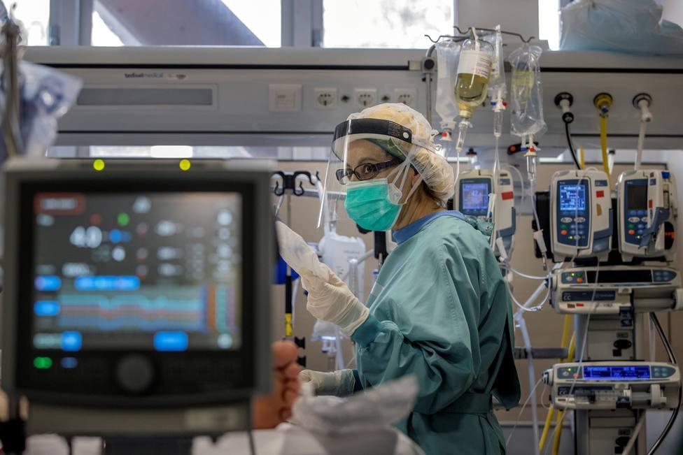 La pandemia avanza en Cataluña con un empeoramiento de todos los indicadores