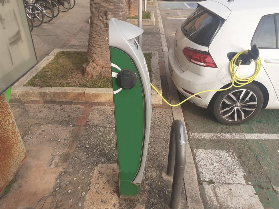 Aprobada la instalación de tres nuevos puntos de recarga doble para vehículos eléctricos