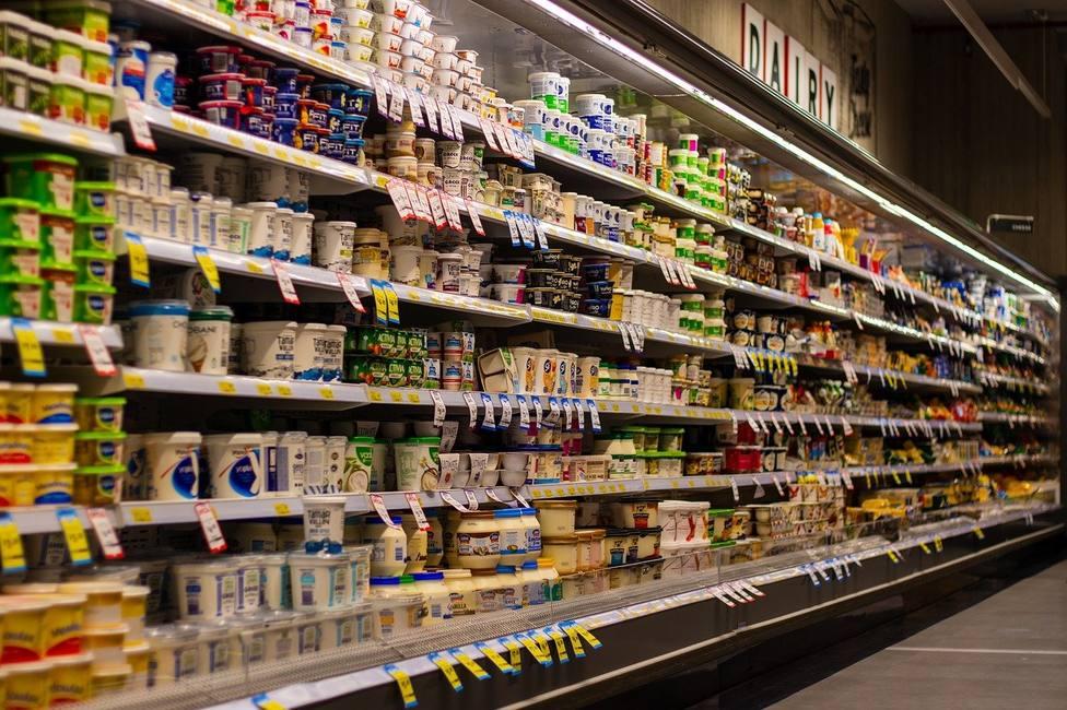 Los supermercados, obligados a tomar medidas para evitar que se acabe uno de sus productos más exitosos