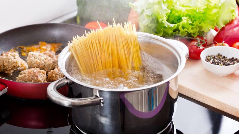 ctv-mjk-10-trucos-para-cocinar-mejor-la-pasta-xl-1280x720x80xx