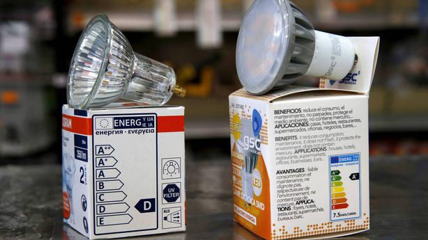 Europa apagará la luz de las bombillas halógenas a partir de septiembre