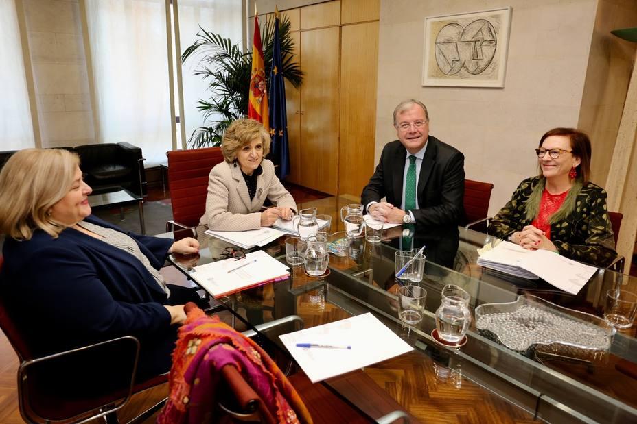 Sanidad agiliza los trabajos en el Centro de Referencia Estatal de León, para que abra sin pérdida de tiempo