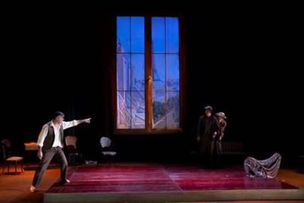 Dan Jemmet lleva Nekrassov al Teatro de La Abadía, una reflexión sobre el auge de nuevos populismos en Occidente
