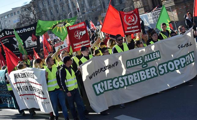 Miles de participantes en la manifestación contra la Conferencia de Seguridad Múnich