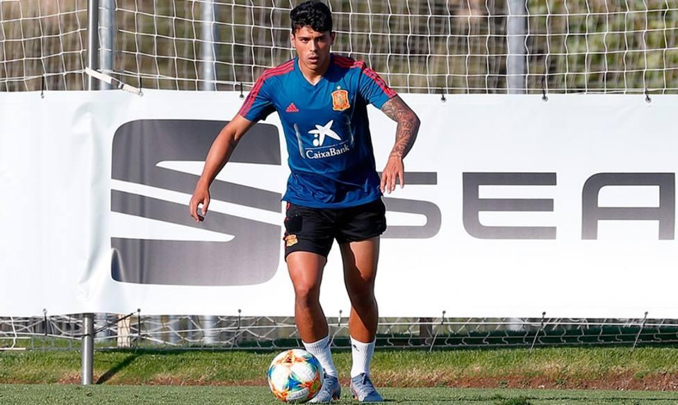 Pedro Porro causa baja para el Europeo por una lesión muscular