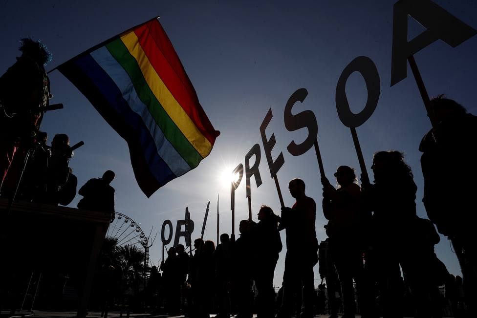 Interior acerca a otros seis presos de ETA al País Vasco