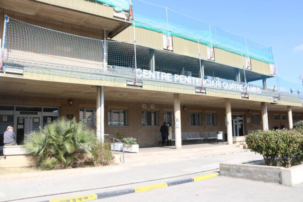 Lentrada del centre penitenciari Quatre Camins