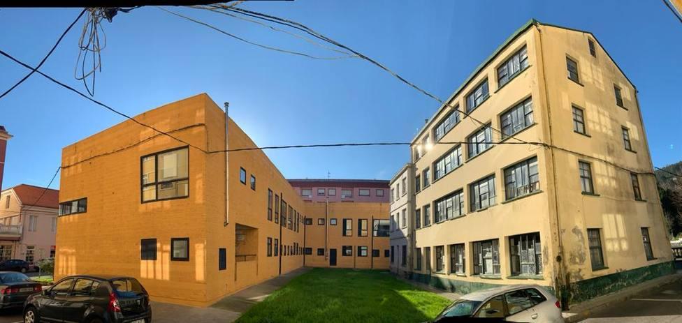 El centro de salud de Cedeira se podrá ampliar con la incorporación de las viviendas sindicales