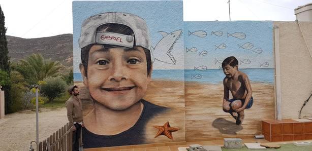 Mural dedicado a Gabriel. Obra de Mikel Herrero y Olaia Chocarro