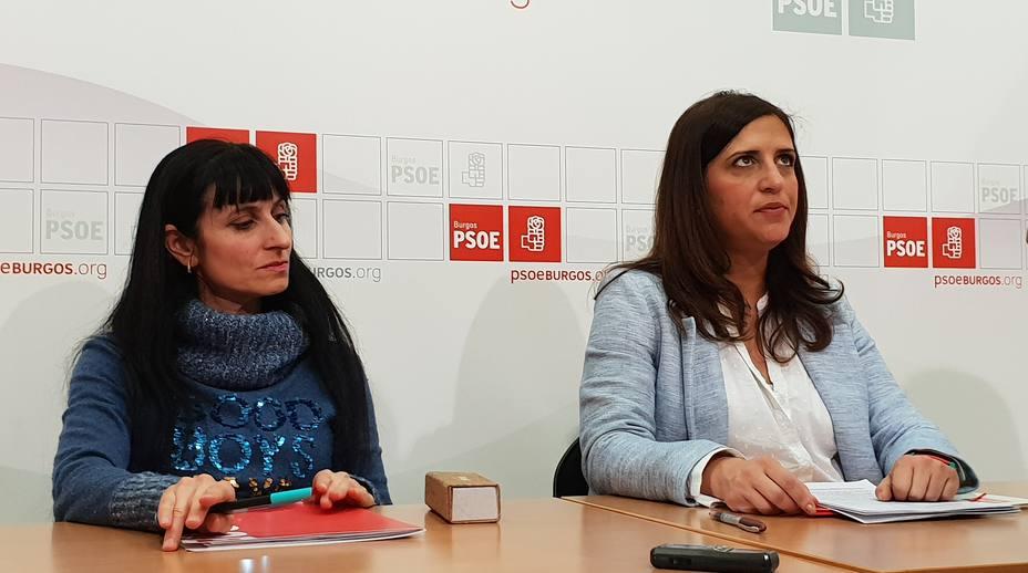La secretaria de igualdad Silvia Adrián y la diputada nacional Esther Peña, esta mañana