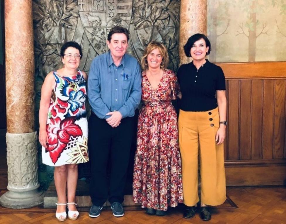 El director del Cervantes se reúne con los responsables de los institutos culturales de Cataluña, País Vasco y Galicia