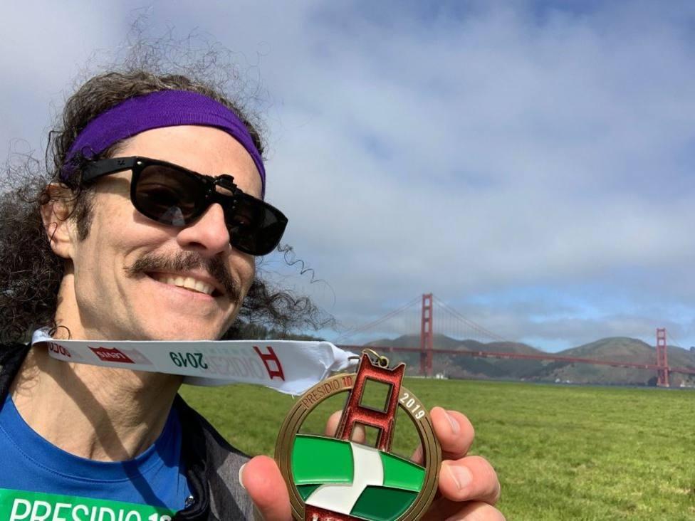 La increíble técnica de un runner que crea arte con sus rutas para salir a correr