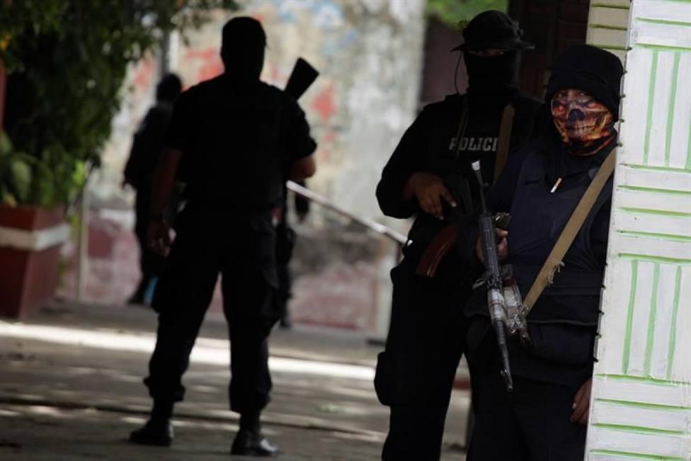 El terrorífico asalto de un grupo de encapuchados a una discoteca que ha dejado varios muertos