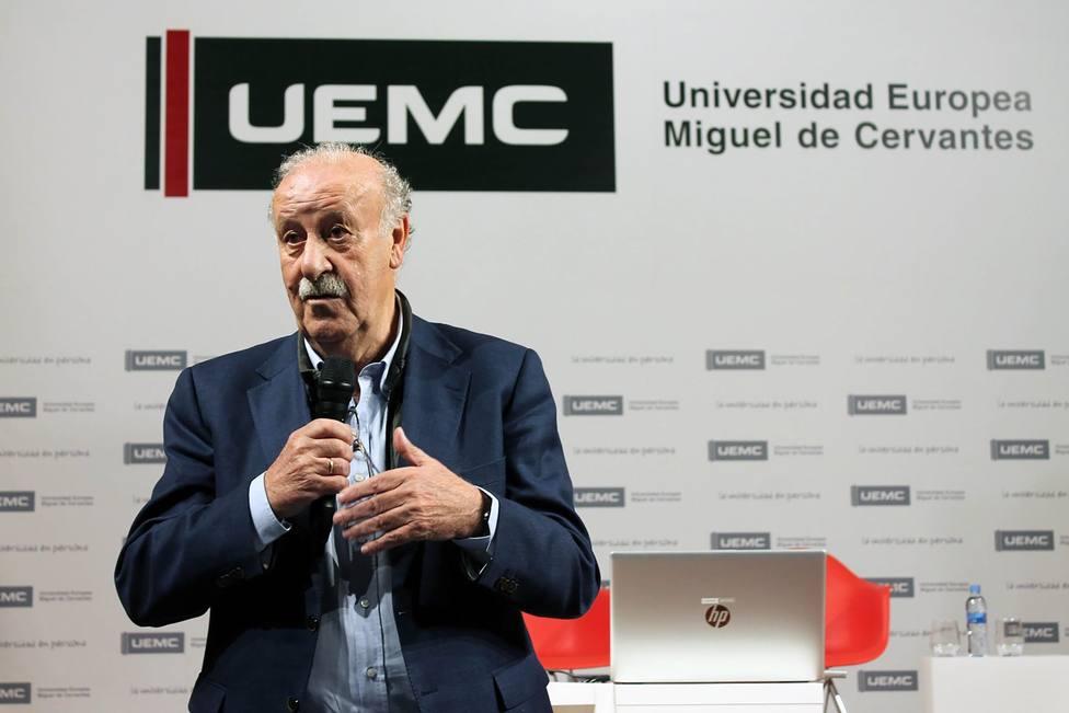 Vicente del Bosque, reconocido como socio protector de la infancia en Valladolid
