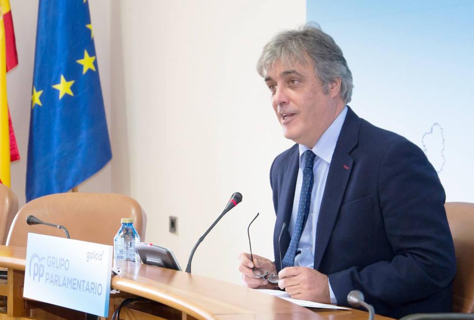 El portavoz parlamentario del PPdeG, Pedro Puy, en rueda de prensa - FOTO: PPdG