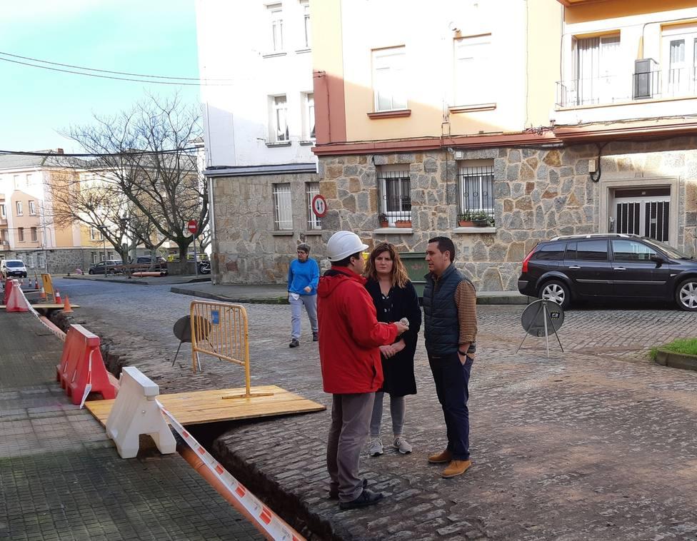 La alcaldesa Marián Ferreiro y Pablo Mouriz, visitaron las obras