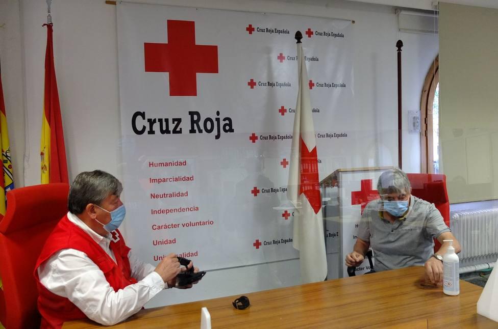 Cruz Roja trabaja con la Asociación Alzheimer