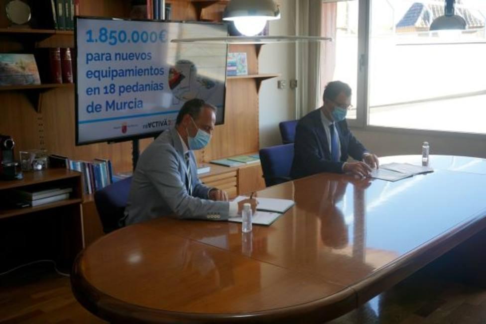 Una inversión de casi 20 millones permitirá renovar equipamientos en los 45 municipios
