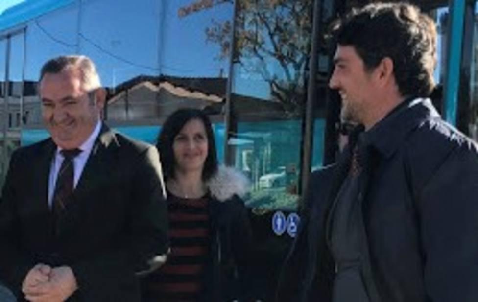 Feijóo releva a Balseiro y nombra delegado territorial a Javier Arias