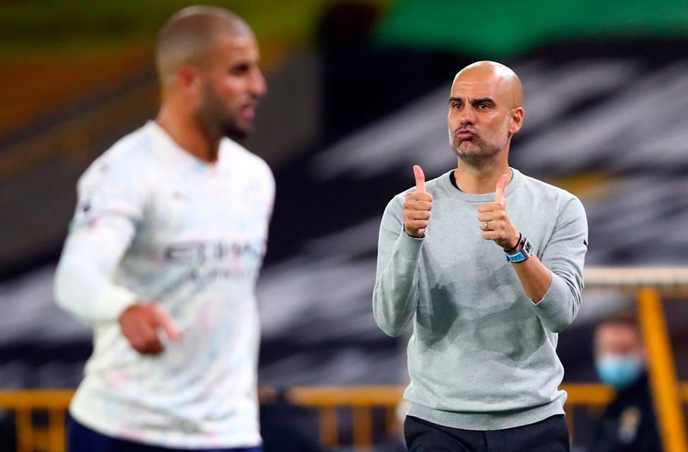 Pep Guardiola celebra uno de los goles del City (EFE)