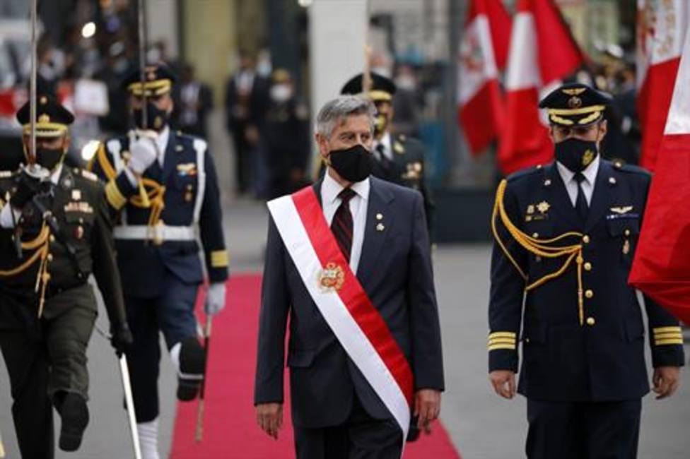 Los nuevos ministros de Perú juran sus cargos con el regreso de Pilar Mazzetti a la cartera de Salud