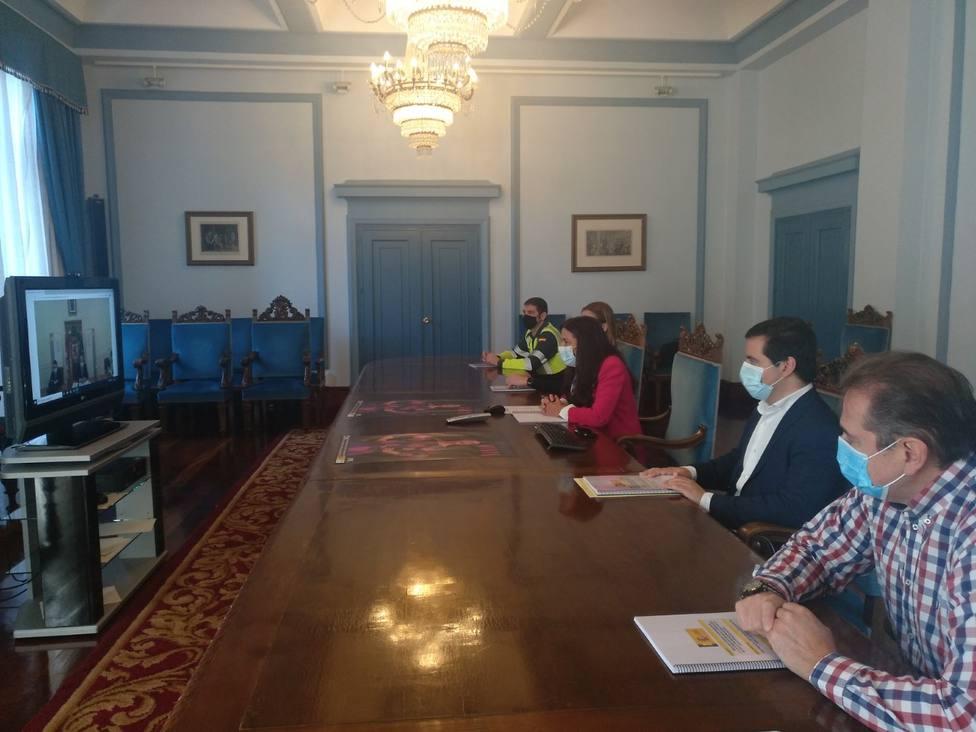 Lugo y León firman el protocolo para mantener limpio el puerto de Pedrafita en invierno
