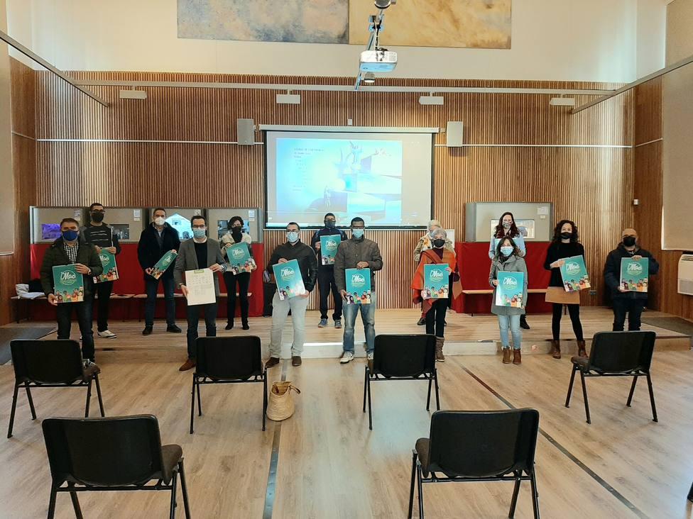 El Ayuntamiento presenta un calendario intercultural