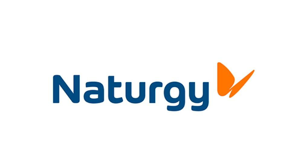 Naturgy planea construir una red de más de 1.100 puntos de recarga renovable para impulsar el coche eléctrico