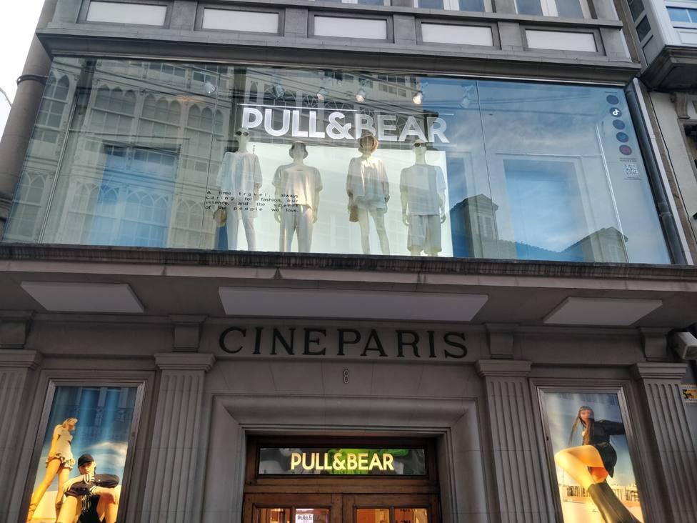 Pull & Bear del Cine París