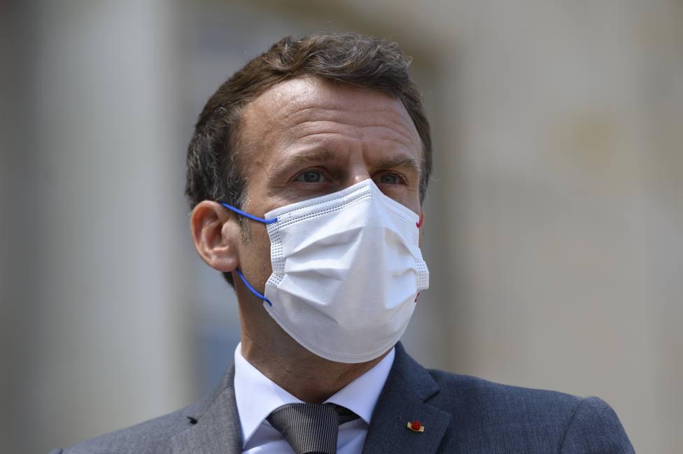 El hombre que abofeteó a Macron estará en la cárcel al menos cuatro meses