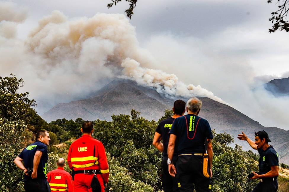 Los desalojados de cinco de los seis pueblos afectados por el fuego de Málaga podrán volver a casa