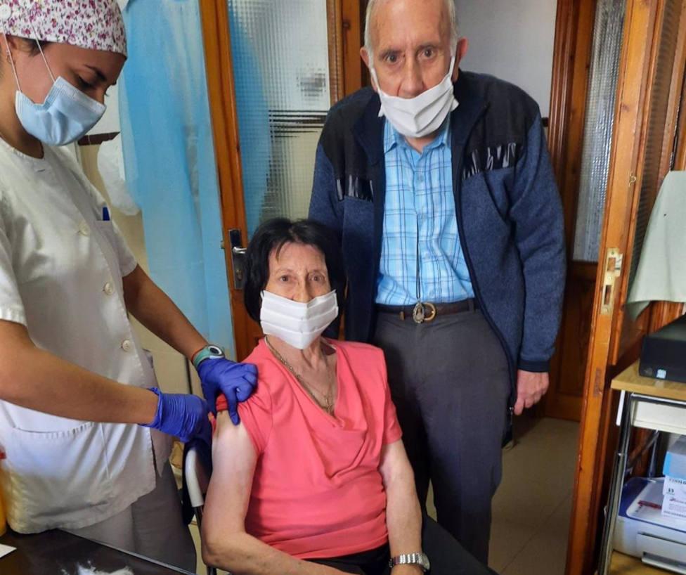 La Junta inicia la campaña de gripe con la vacunación a más de 3.000 usuarios de residencias en Huelva