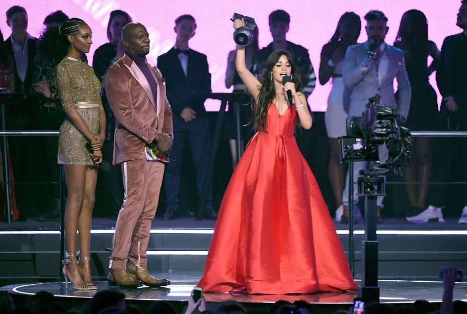 Camila Cabello, triunfadora de los EMAs de la MTV
