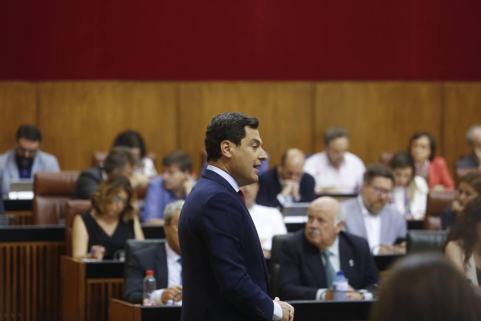 Juanma Moreno, tras su pacto con Vox, pide no usar víctimas de violencia machista por rédito político
