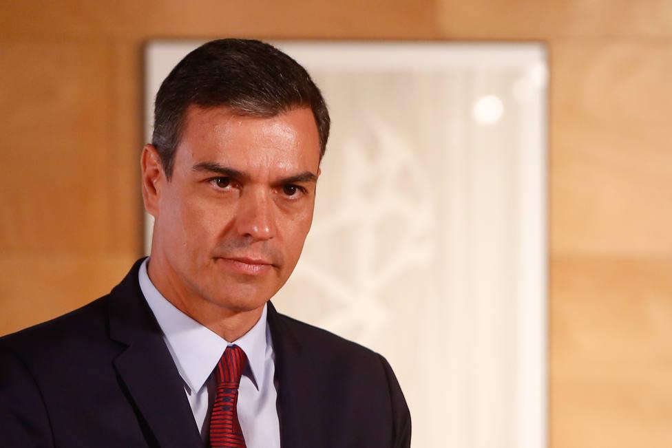 Sánchez rechaza la coalición con Podemos porque no apoyaría el 155 pero se abre a incluir a miembros de las confluencias