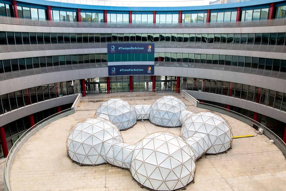 Una instalación que recrea los niveles de contaminación en distintas ciudades del mundo preside la Cumbre