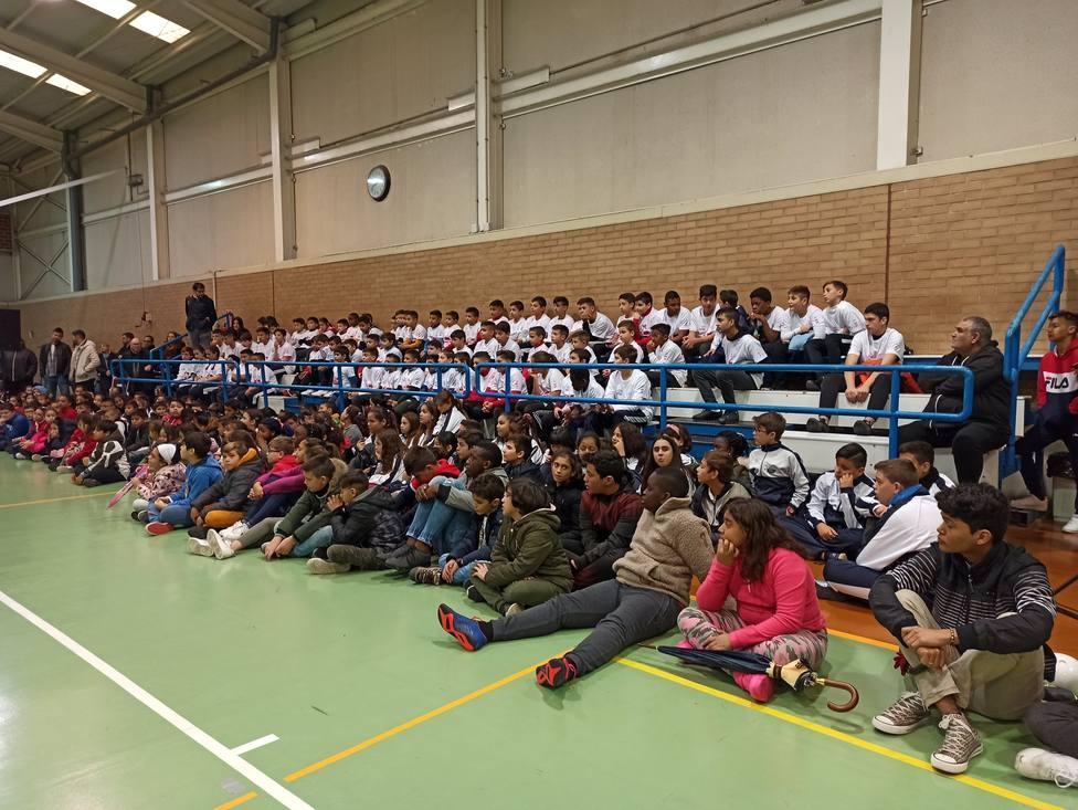 La nueva Escuela de Fútbol Sala ElPozo abre sus puertas en el barrio de La Paz
