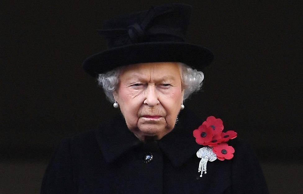 Isabel II, entre la magnanimidad y la amenaza